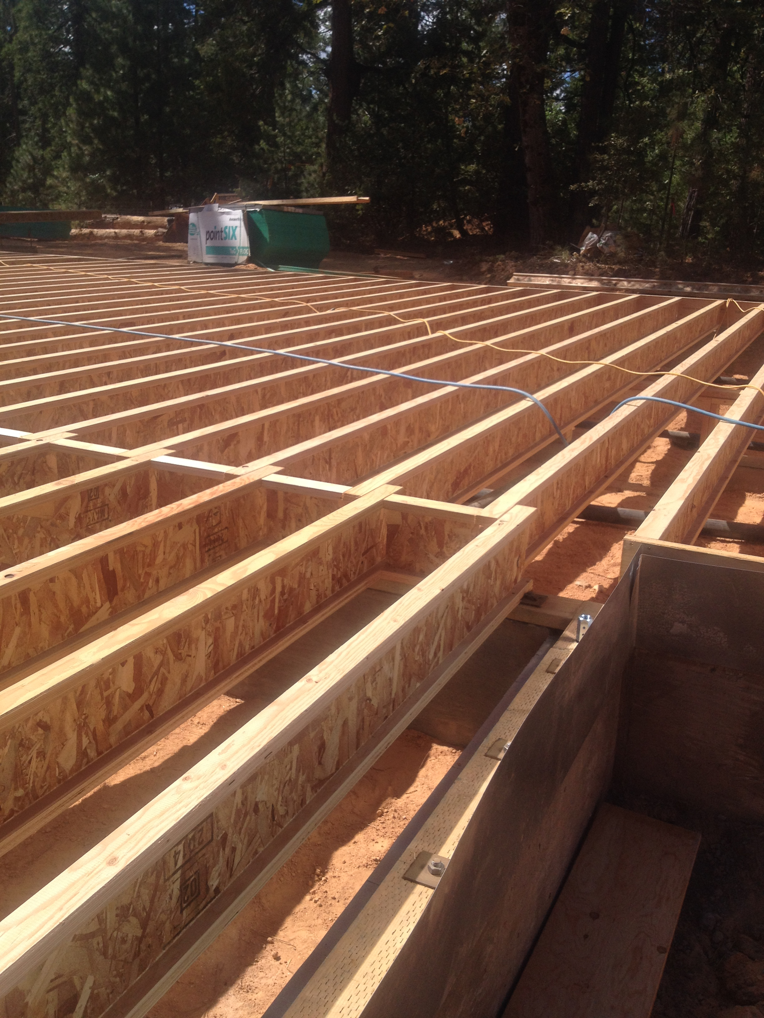 Gold country kit homes the mendocino build part 2 floor for Floor joist trusses